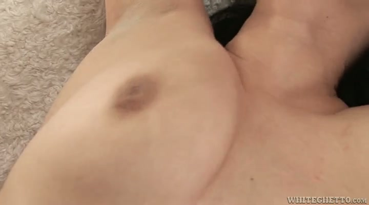 This grown ass woman with saggy tits knows how to take control of sex