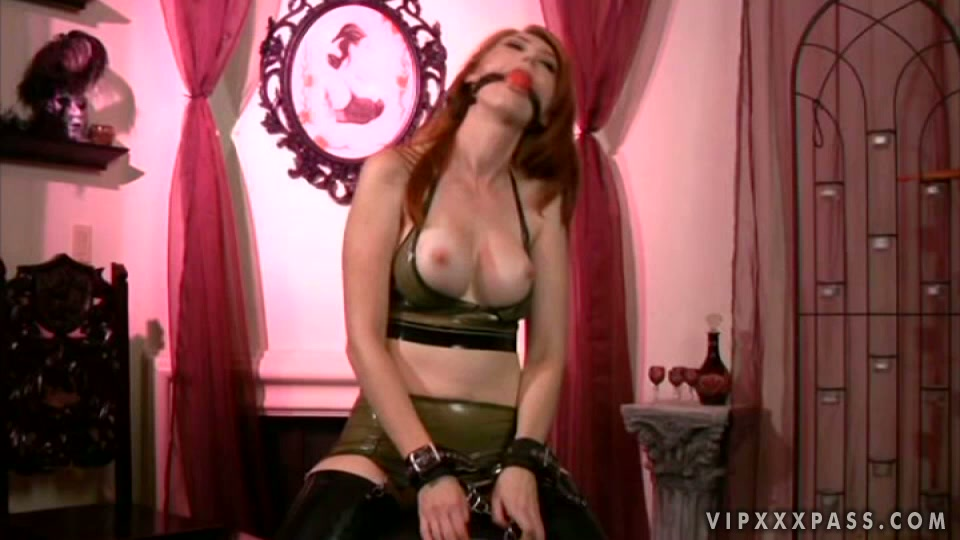 Obedient ginger head hoe Kendra James has lesbo BDSM fun