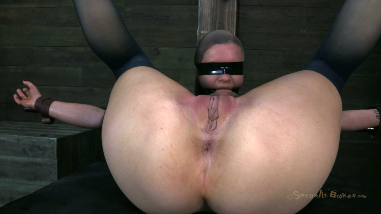 Sizzling hot BDSM sex video by Sexually Broken