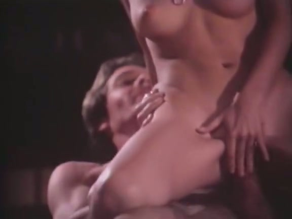 All natural rather sexy vintage brunette cowgirl rides strong hot dick