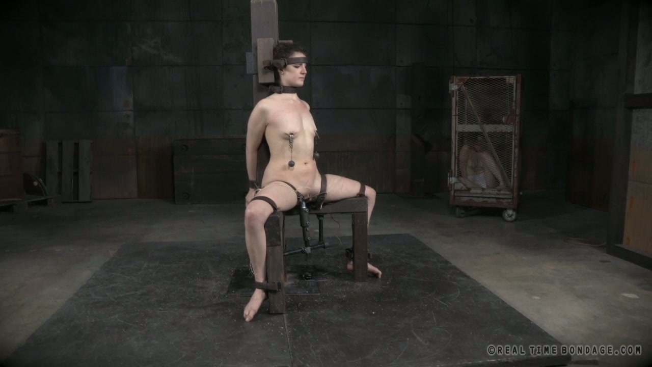 Daring porn slut Endza sexually tormented in dirty BDSM porn video
